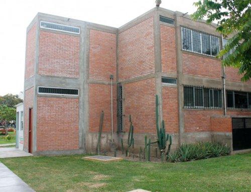 PUCP: Construccion de depositos en la Facultad de Psicologia